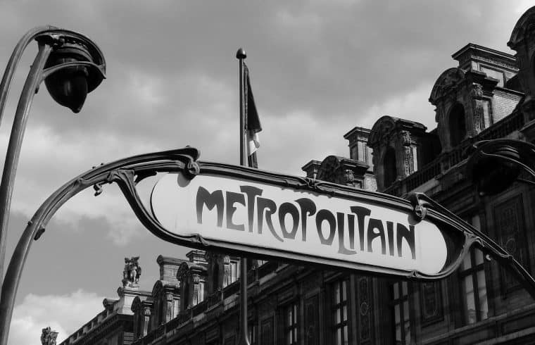 Paris Metro guide - tips and guidance to use Paris public transportation system