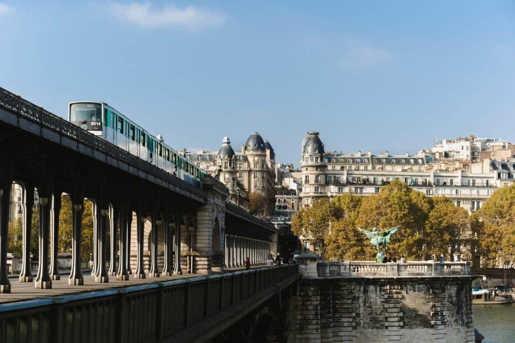 How to use Paris Metro