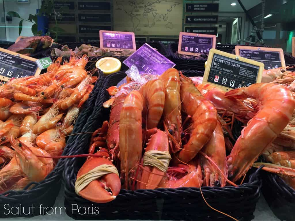 Le Gourmet is the food market of the Galeries Lafayette in Paris. The grocery store hosts on the street level a gourmet and food hall.