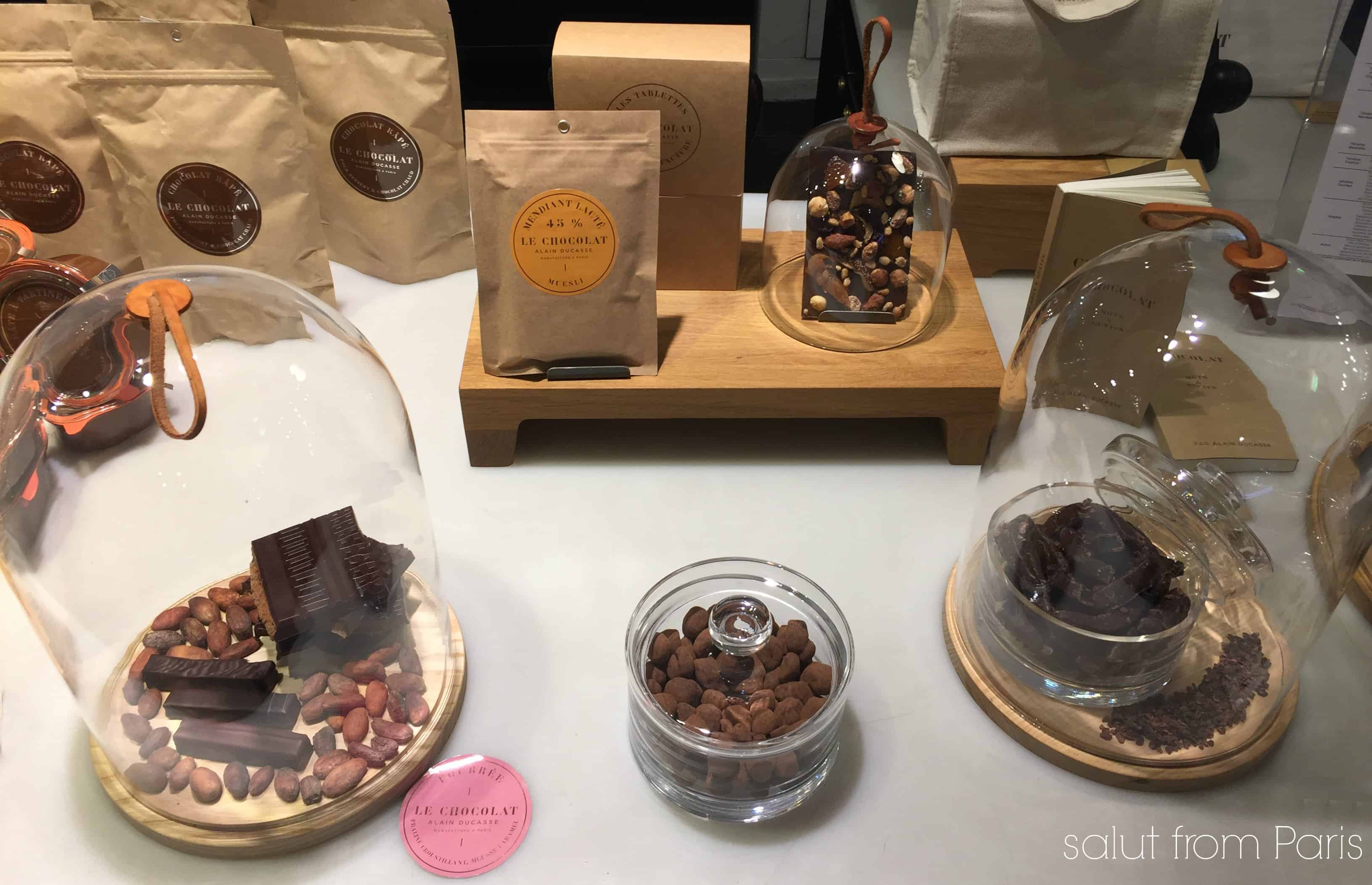 Le Gourmet is the food market of the Galeries Lafayette in Paris. The grocery store hosts on the street level a gourmet and food hall. Chocolates are just one of the yummy treats