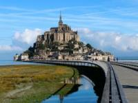 Day tour by bus from Paris