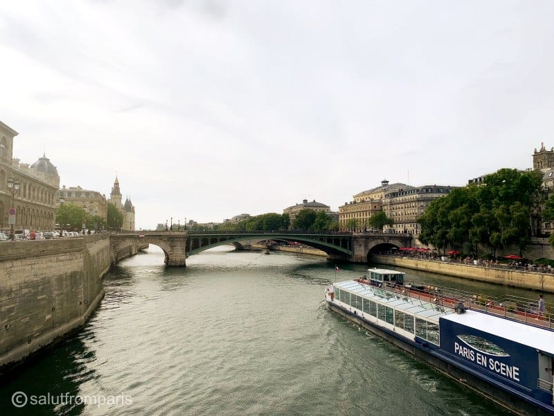 Find the best Seine river cruises in Paris and enjoy Paris sights from the comfort of a boat. No matter if you chose to take a Seine river dinner cruise or a night cruise, you sure have a great time!