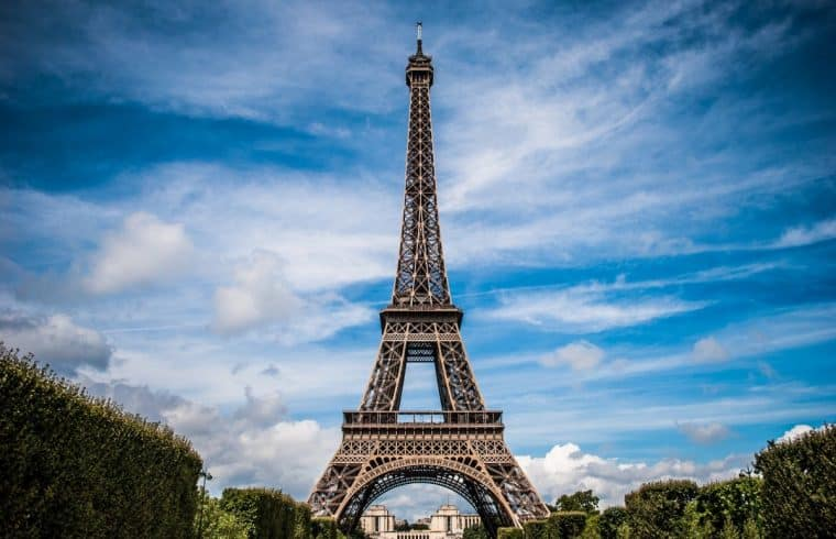visit the eiffel tower everything you need to know salut from paris