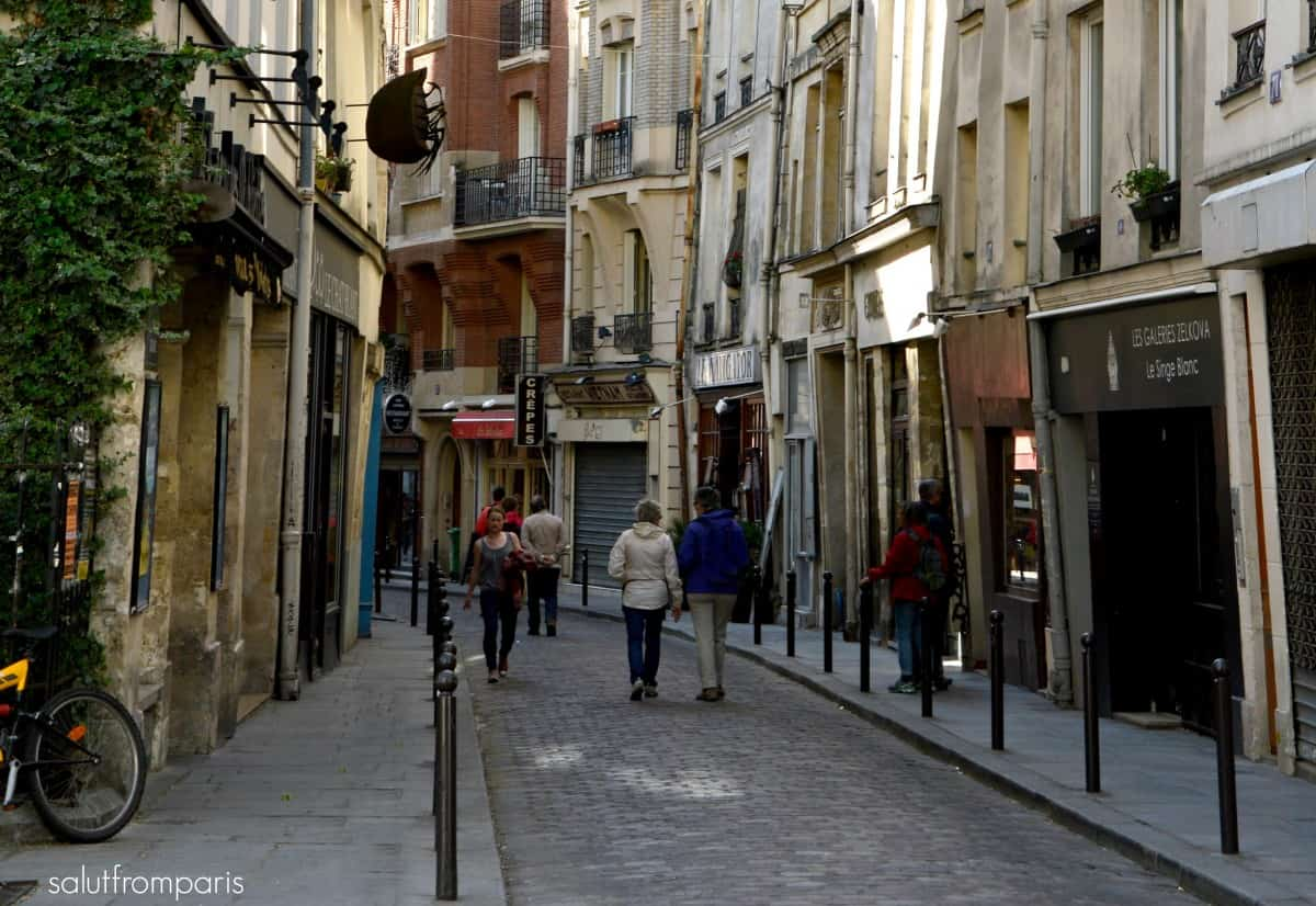 cobbled stoned and narrow alleys within the Latin Quarter - a really beautiful and iconic area to stay when visiting Paris