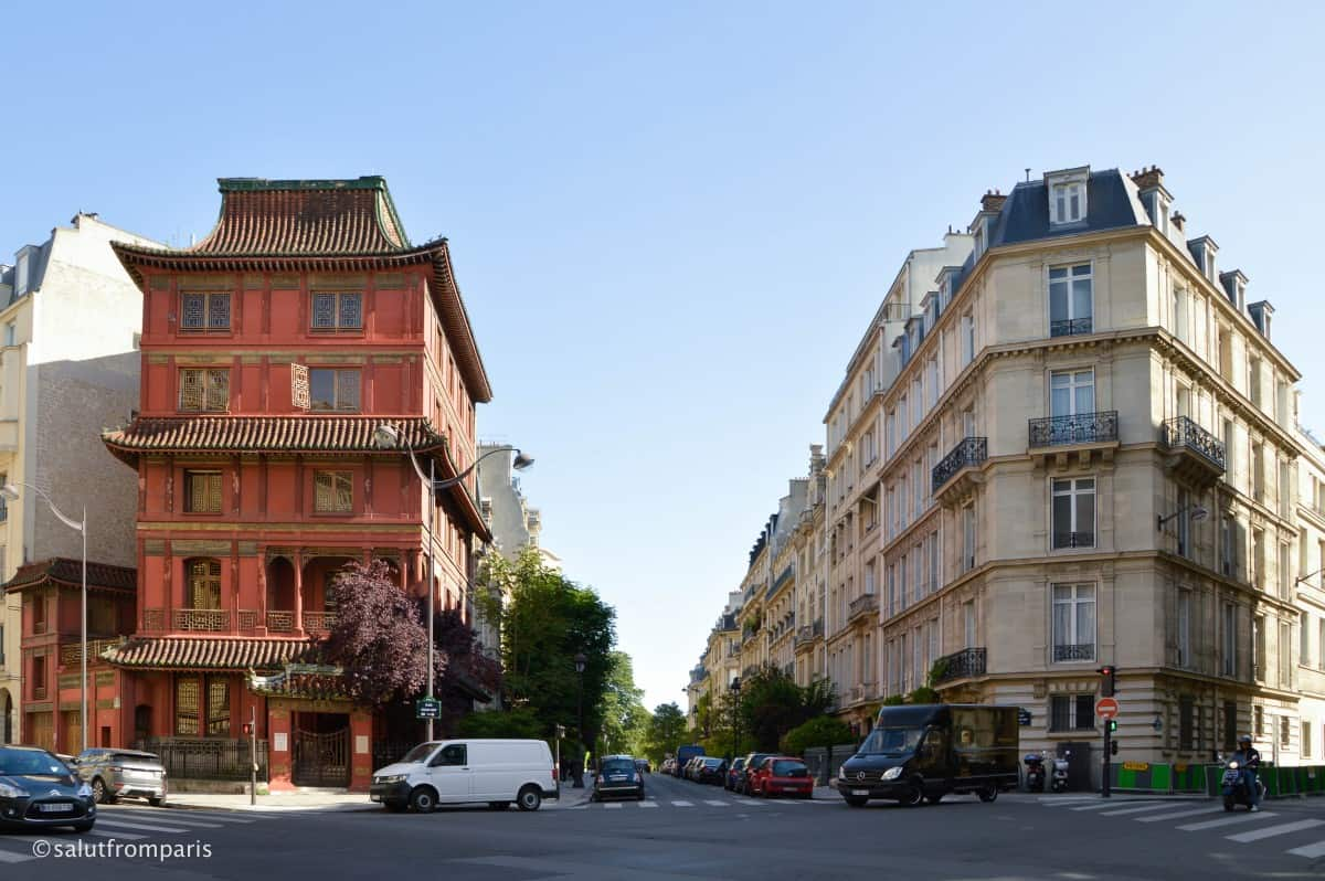 The Maison Loo - Paris only Pagoda - take our free walking tour through Paris and discover a off beat Paris that only few tourist see