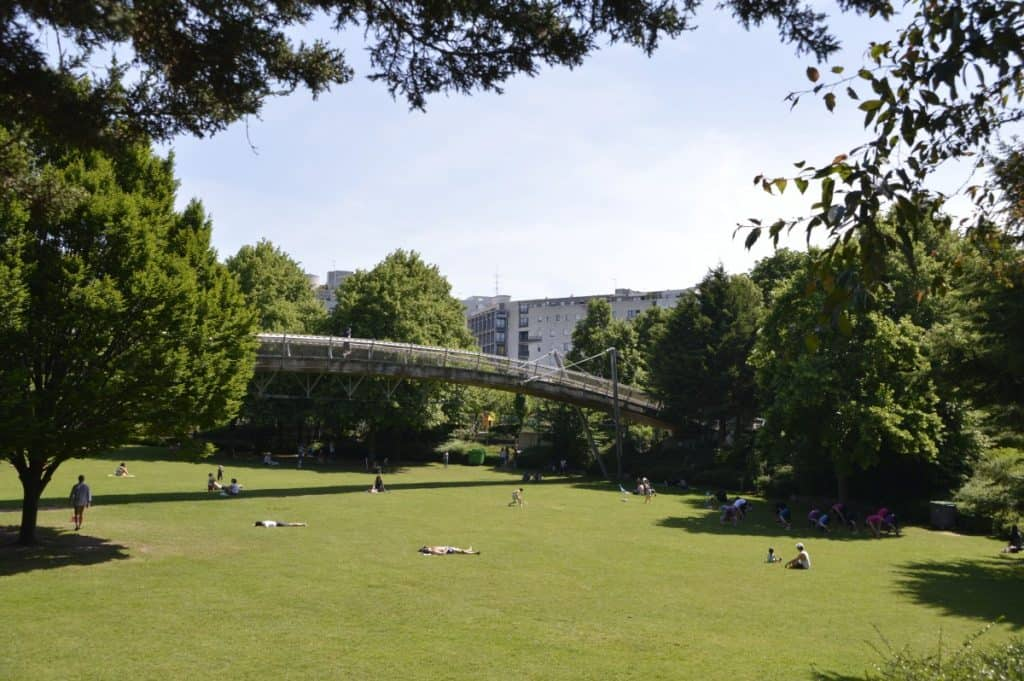 Jardin de Rueilly - promenade plantée. highline Paris