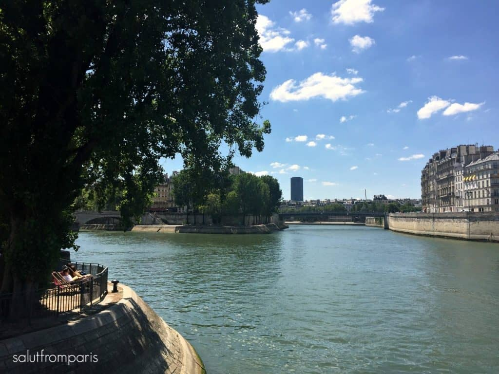 Best thing to do in Summer in Paris - Paris Plage - the Beach area along the Seine - Paris Beach