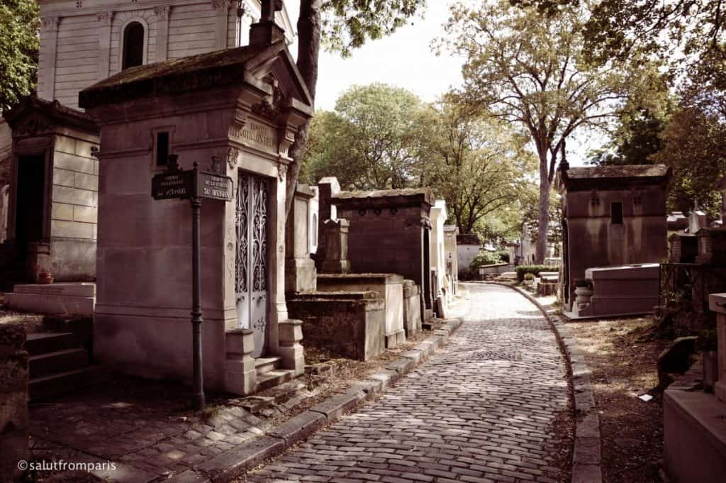 The cobbled stones lanes and old graves are especially scenic in fall - Paris in October