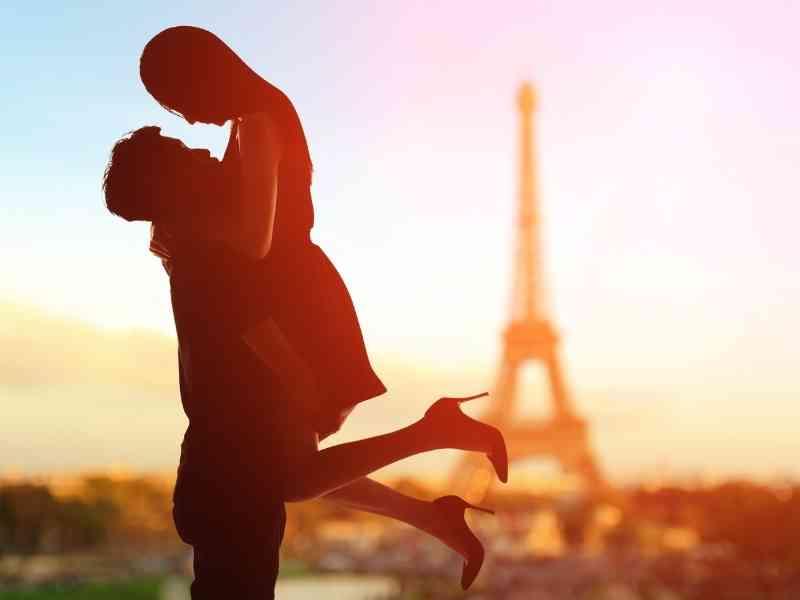 romantic Paris Photo shooting
