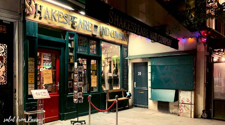 Shakespeare and Company - the probably most famous american bookstore in Paris. A must visit for every book lover in Paris and a good source to find fiction books set in Paris