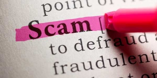 Tourist traps in Paris - Paris scams are happening daily, know how to protect yourself