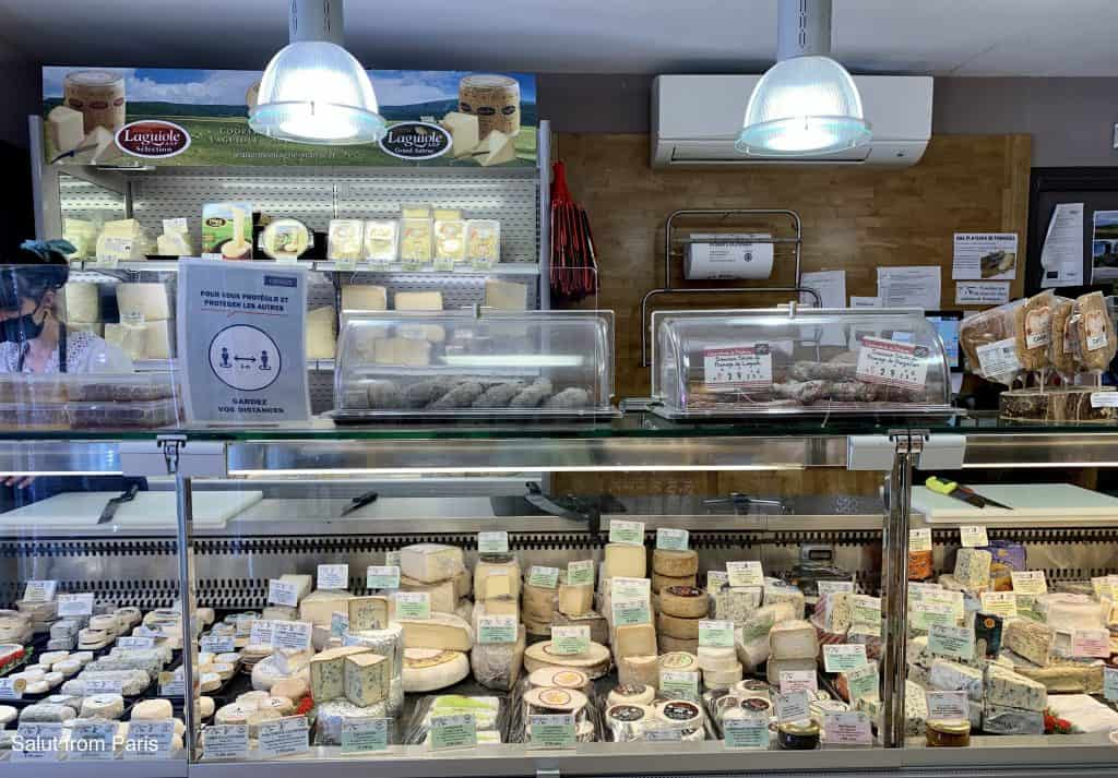 Laguiole Cheese store