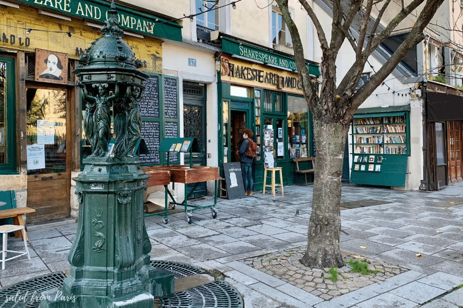 Attend a reading in a bookstore - winter activities for Paris. The reading sessions are happening as well during winters in Paris